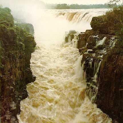 guaicc81ra-falls