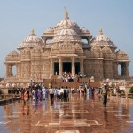 The Akshardham Temple – Largest Hindu Temple