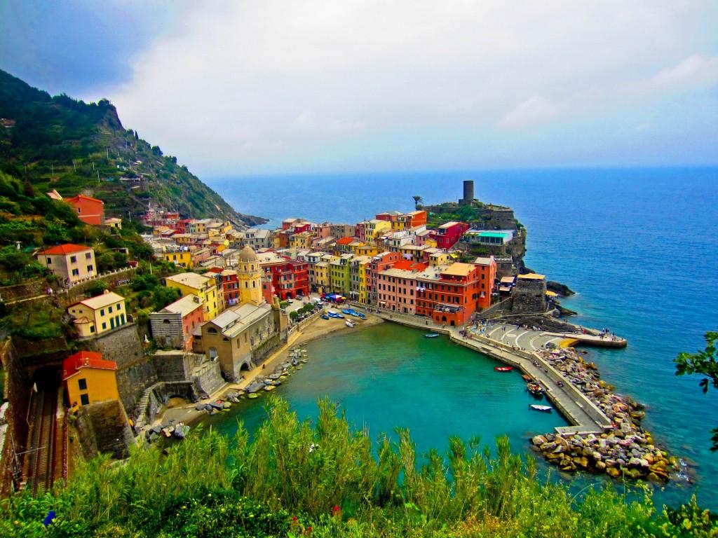 amazing-place-cinque-terre-italy