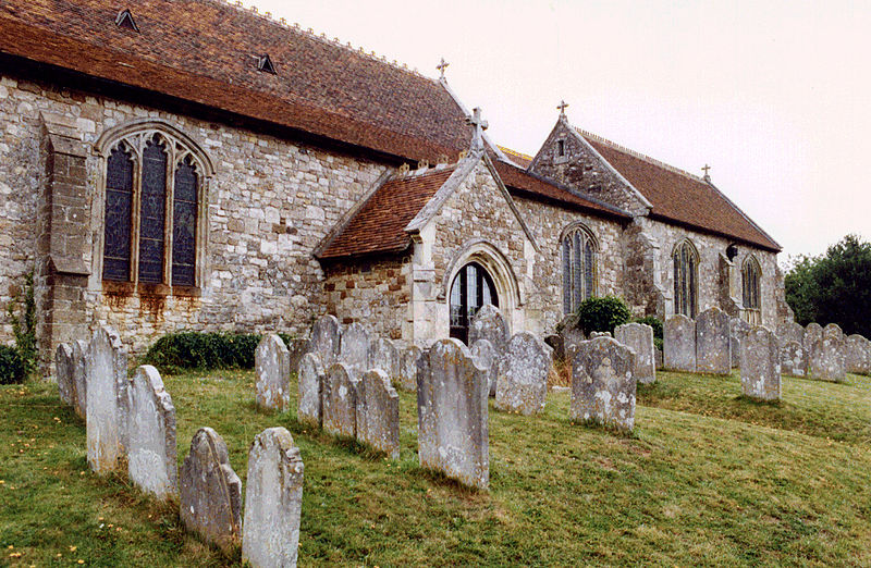 Brading_Church_Graveyard,_Isle_of_Wight