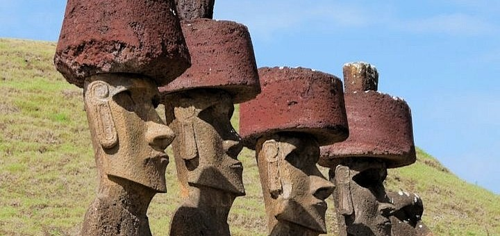 Chile-Moai-Anakena-Beach