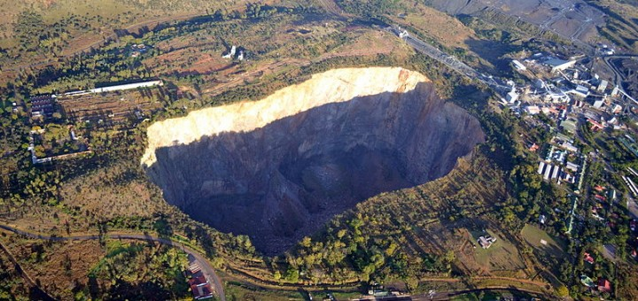South_Africa-Cullinan_Premier_Mine